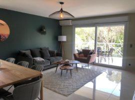 """Appartement dans résidence """"LE GREEN"""" avec vue sur le golf de Valescure"""